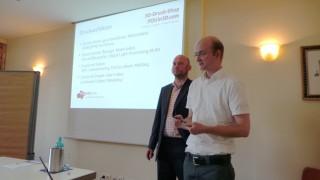 Fabian Kluge und Jan Northoff bei dem 3D Druck Vortrag bei der Drucker-Innung.